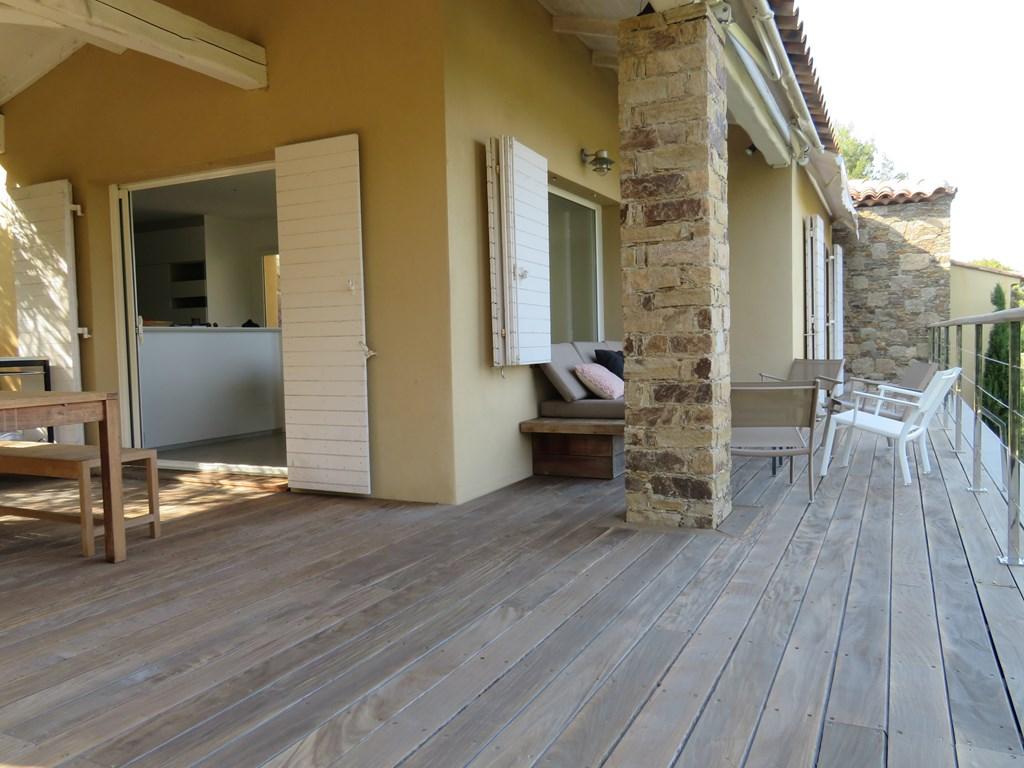 CAP BENAT Villa avec piscine BORMES LES MIMOSAS