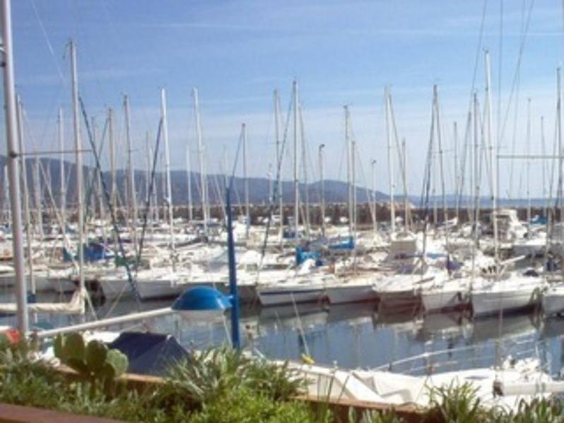 Location T2 vue mer Port de Bormes -La Favière