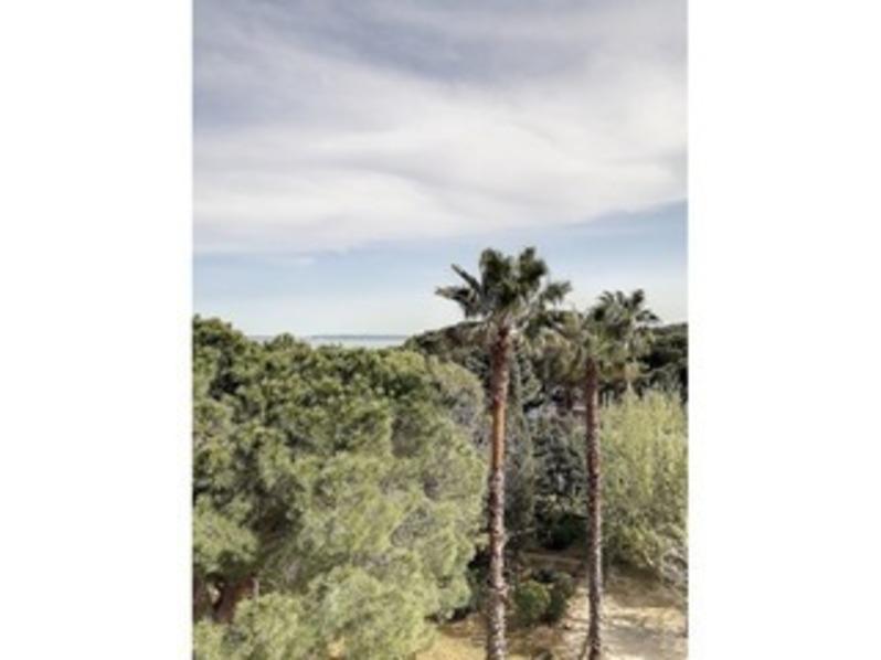 Location Beau T2 vue mer dans résidence avec Piscine et 3 Courts de Tennis